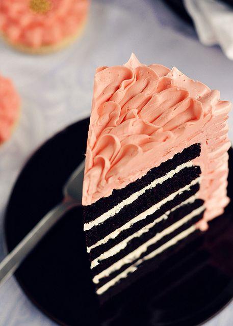 dark chocolate 6-layer cake under swiss meringue buttercream ruffles #sweetapolita
