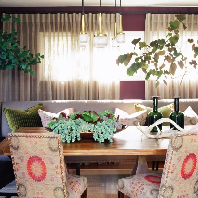Celebrity Interior Designer Jeff Andrews Designs A Family Home With California Cool Style: Family-Friendly Dining