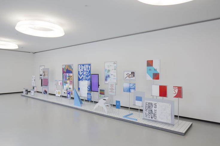 ECAL - GALERIE ELAC - EXPOSITIONS - Livre et exposition «ECAL Graphic Design»