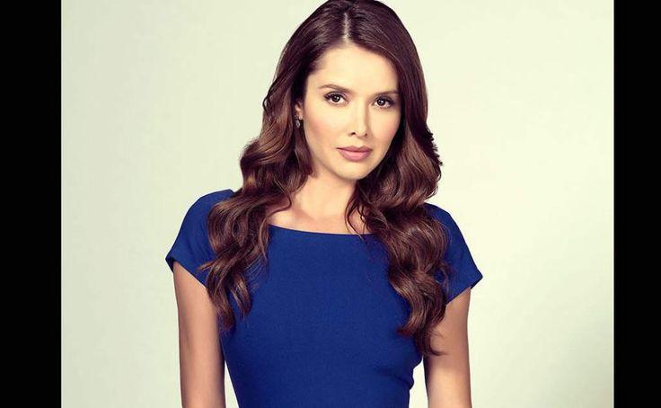 La Gober es una sensual y atractiva mujer candidata a la gobernación de Jalisco que cae en los brazos de Aurelio Casillas y le sirve para sus planes de poder.