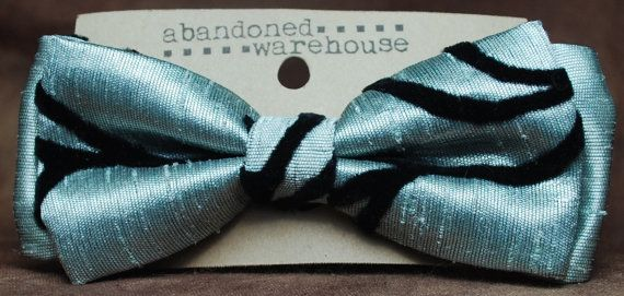 Velvet Vines textured bow bow tie / hair bow by AbandonedWarehouse