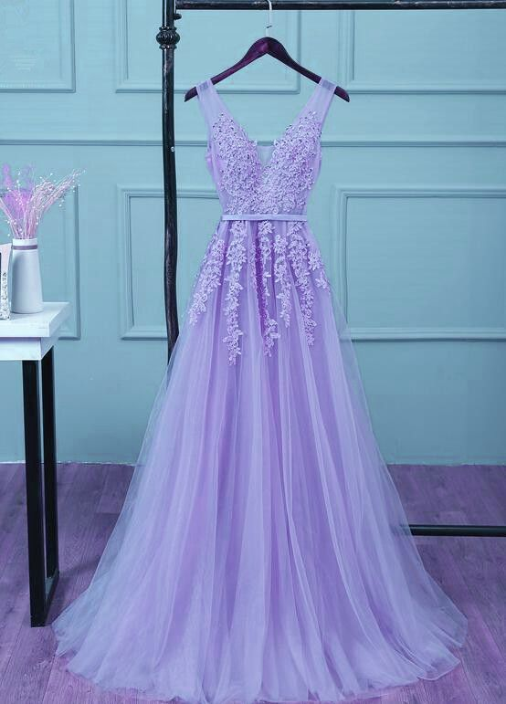 a81528458d4 Light Purple Tulle V-neckline Applique and Beaded Junior Prom Dress 2019