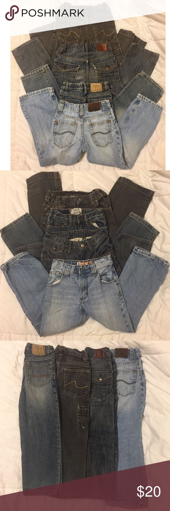 4 pairs of Boys Jeans size 5 4 Pairs of Boys Jeans  Good used condition. Normal wear from wash.  Adjustable waist on all.  1- The children's place classic Sz 5S 2- Lee dungarees  Relaxed boot cut w/ Tag worn out but same sz as 5/6 light stain on 1 knee. 3- Bragg Waist: regular Leg: straight Size: 5/6 Y Wash: sandblasted wash/ worn weathered look    4- Sideout  Grey black jeans tag not on jeans but the same length as a Sz a 5  Free pair sz 5S fromTCP, fraying at the knees & hem. Questions?…