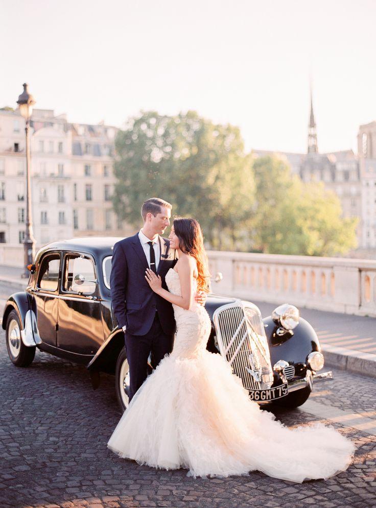 Classic Destination Real Wedding in Paris   Wedding Sparrow   Le Secret d'Audrey