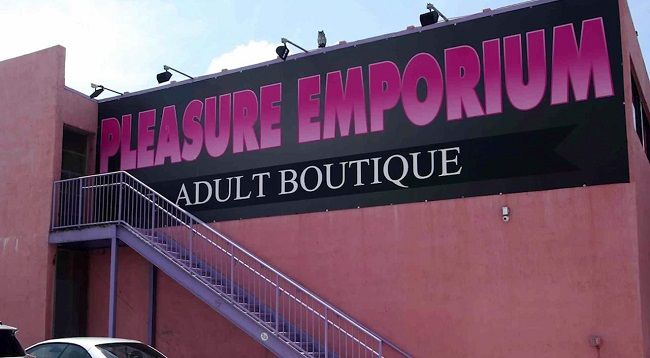 The Pleasure Emporium Located At Th Ave In Hollywood Fl Had Unexpected Visitors Which Lead To The Store Making Local Network News As Undercover