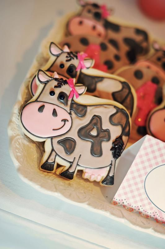 Cute cow cookies with birthday number incorporated.  Love!