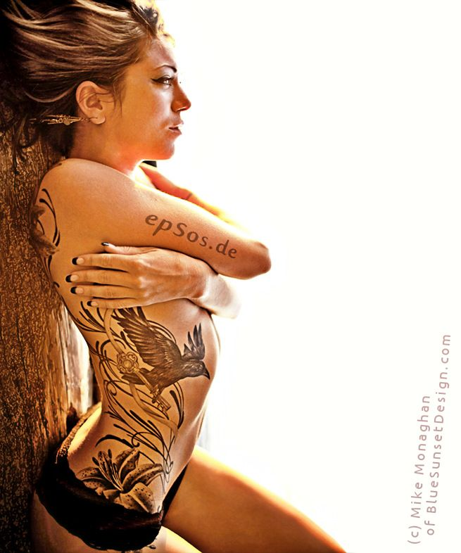 cross tattoos for women on back | 10 Best ideas for Tattoo designs for Women and Girls | epsos.de