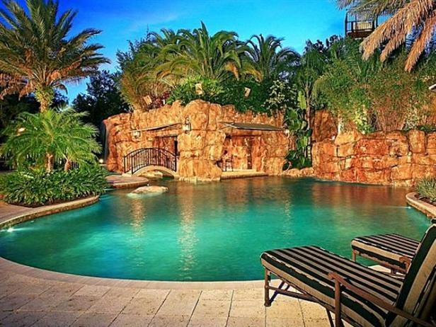 Pool of the day