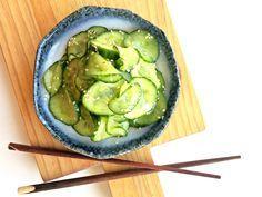 Aziatische komkommer salade