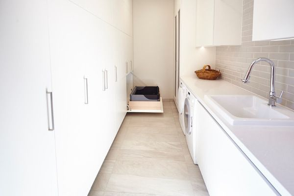 Galley Laundry photographed by Michelle Jarni
