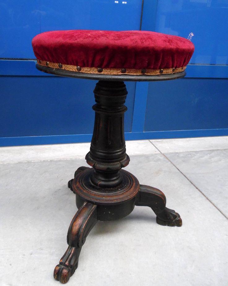 Sgabello da pianoforte in faggio '800 piedi caprini scolpiti e velluto rosso