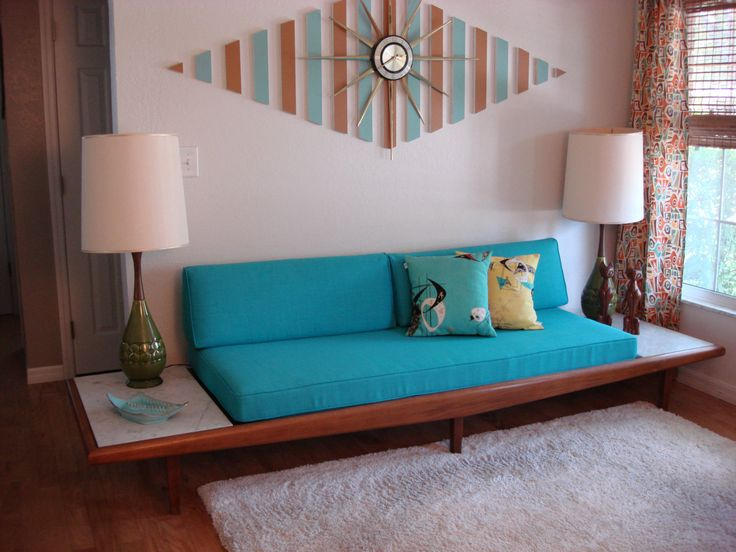Adrian Pearsall Gondola Sofa - Looks just like my '63 Pearsall, except I much prefer the turquoise cloth over my sofa's avocado green original cloth.