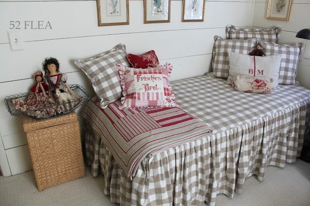 beige buffalo check bed cover with red accents bedroom pinterest nice home and buffalo. Black Bedroom Furniture Sets. Home Design Ideas