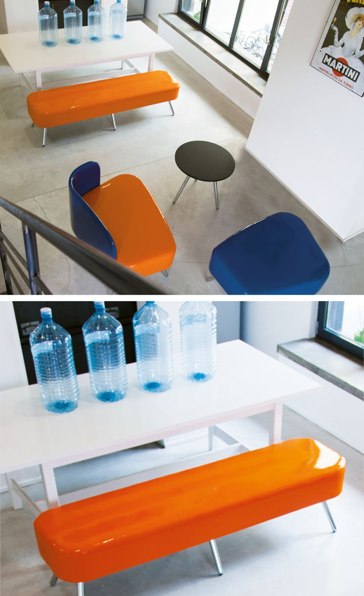 Spacious loft ideal for studen lounge area. Modular system with creative colours and tissues. Designed by Alessio Pozzoli for #Blog_Sesta #student #lounge