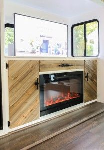 RV Cabinet with TV Lift