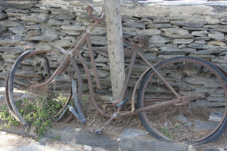We think this bike is standing here for a long time... Catalonia Cycling