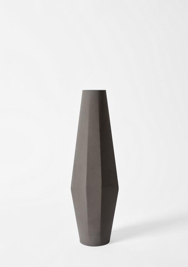 One of Stefano Pugliese's beautiful Marchigüe Concrete Vases   Photo: Giulio Boem   Stylist: Francesca Pelliciari
