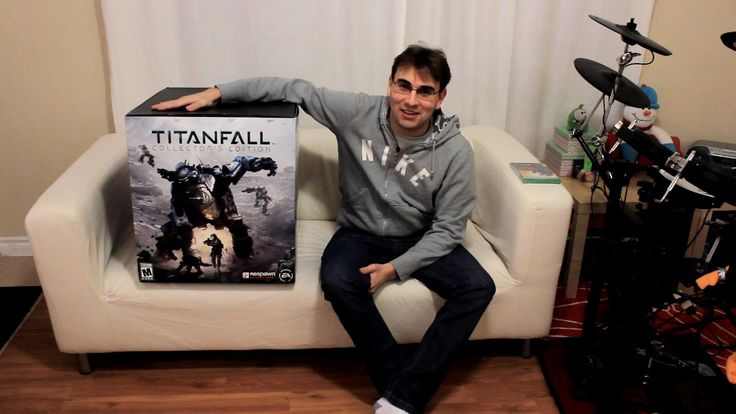 TITANFALL COLLECTOR'S EDITION  sold here http://amzn.to/29HtjWV