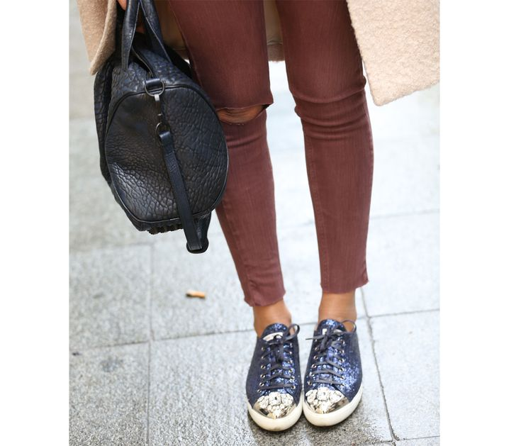Sneakers, miumiu  Bag, Alexander wang