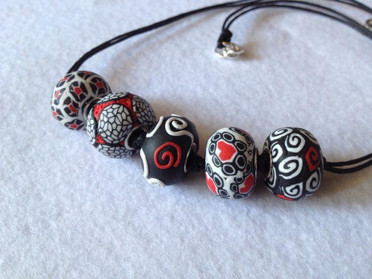 Collana con perle in fimo fatte da Mauty Handmade €12 mautyhamdmade@hotmail.it