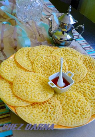 Mmmmmm...Baghrir - Algerian sweet pancakes. Would give my right leg for some of these right now :/