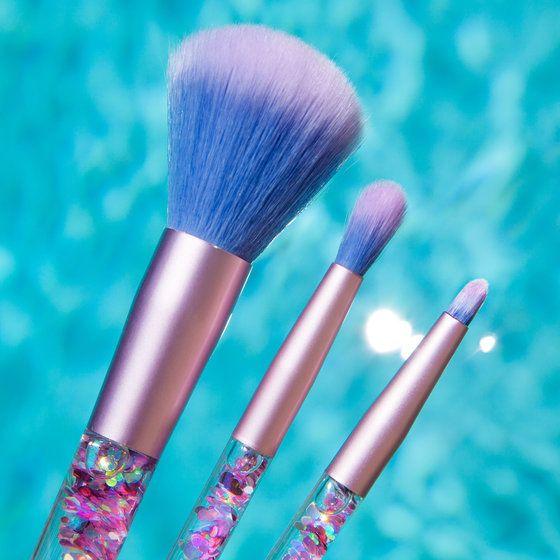 Aquarium Makeup Brushes Pink Iridescent In 2019 Makeup Brush