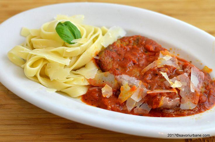 reteta cotlete de porc in sos tomat de rosii