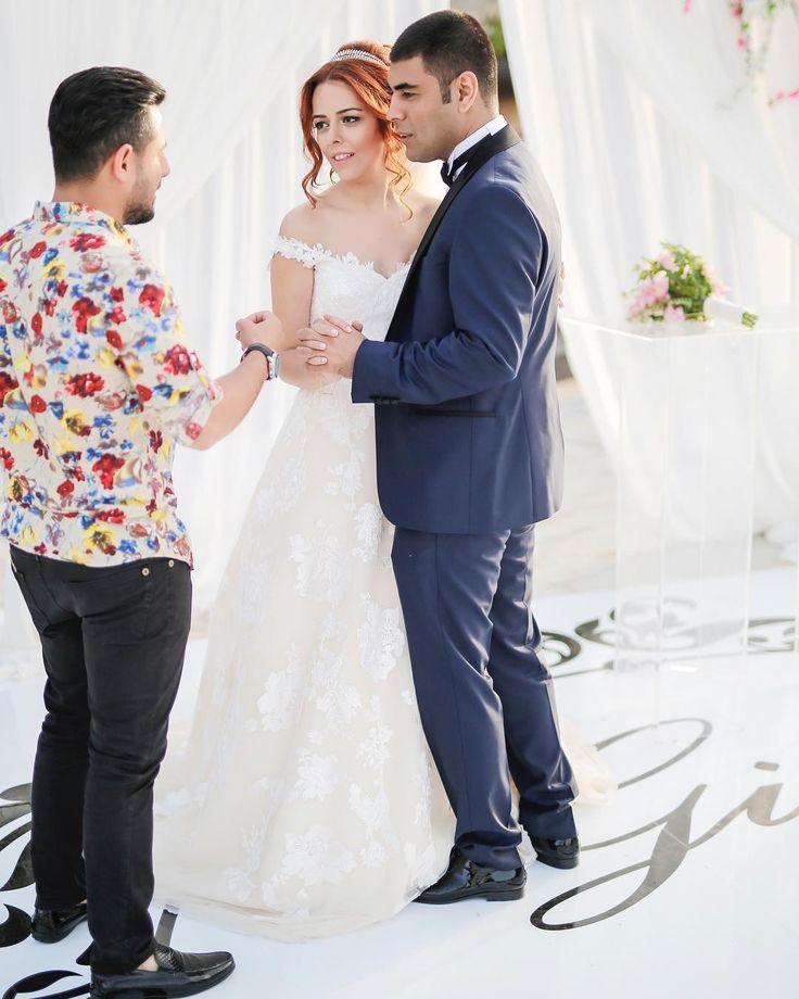 Haluk Şaş ve ilk dans müziği seçimi✨ #weddingphotographer #gelin #gelindamat #dugun #düğünhikayesi #mersin #mersindüğün #mersindiscekim #savethedate #lovestory #bride #mersindugunfotogralari #mersindugunfotografcisi #mersindugunhikayesi #dugunfotografi #düğün #dugunfotografcisi #gelindamatpozlari #gelindamatfotograflari #gelindamatfotografcisi #groom #wedding #weddingphotography #mersindıscekim #aykutgülaslan #aykutgülaslanphotography #aykutgulaslanphotography #aykutgulaslan #anıyaşa #unutma…