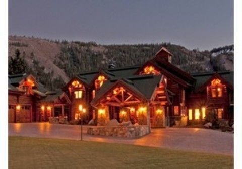 Log Cabin Home, no ticky-tacky suburb home for me!