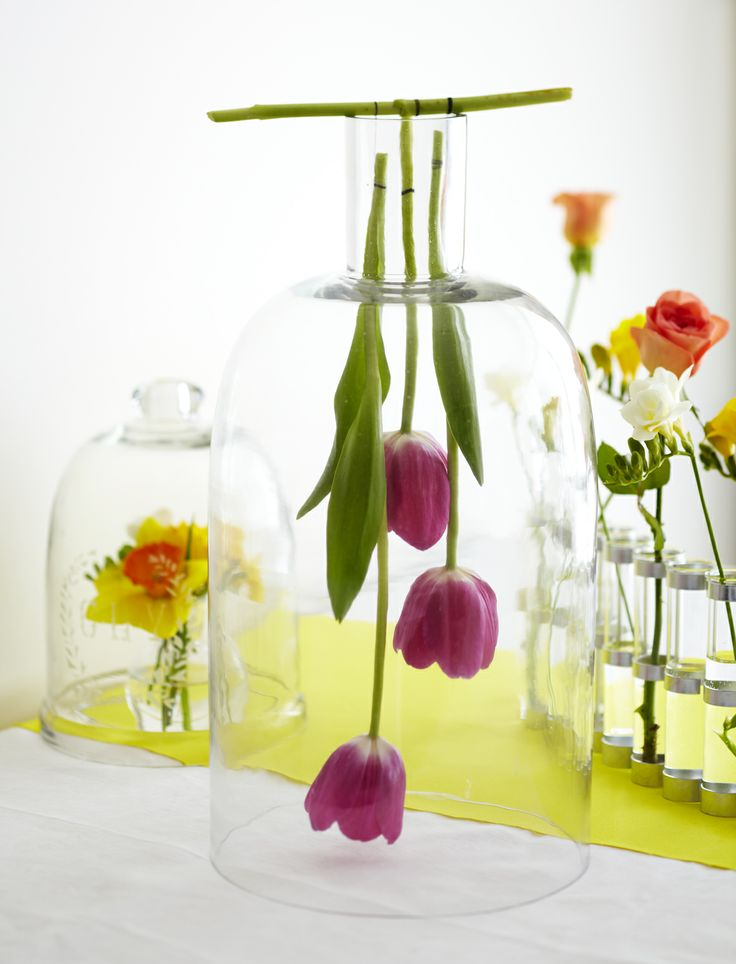 HANGING FLOWER TABLE DISPLAY Styling Amber Armitage, photograpahy Manja Wachsmuth. Shot for Homestyle magazine, issue 50.