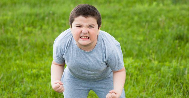 5 maneiras que os pais deixam seus filhos obesos (nada relacionado a alimentos)