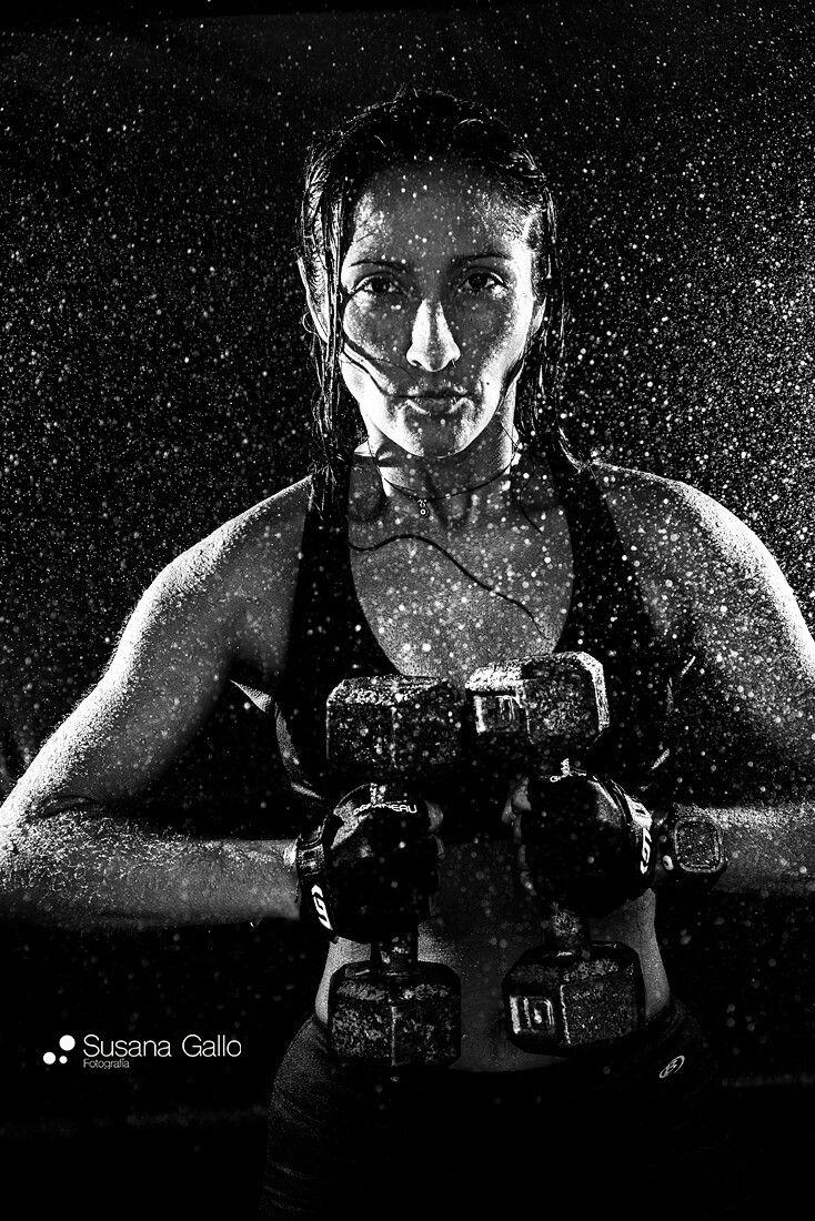 Mujer fuerza fotografia