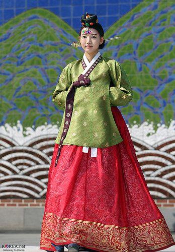 한복 Hanbok : Korean traditional clothes[dress] #Hanbok Parade | Spring of Insadong, Seoul (March 22, 2014)