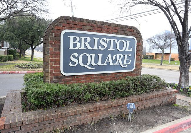 See all available apartments for rent at Bristol Square in Dallas, TX. Bristol Square has rental units ranging from 518-1079 sq ft starting at $525.