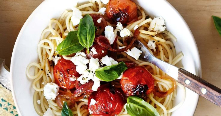 This speedy spaghetti is low-fat, budget-friendly and diabetes-friendly. Perfect!