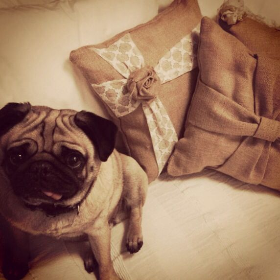 Hessian pillow creations, thought I'd check it out ;)