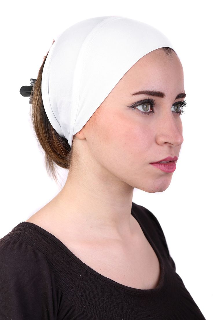 This white scarf pad is made with the best Polyblends! #Headcovers #cancerpatients #headscaves