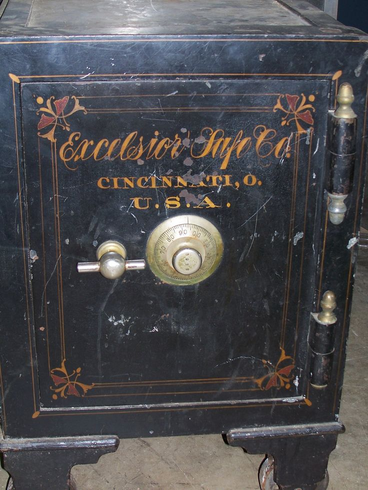17 Best Images About Antique Safes On Pinterest Aaron