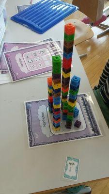 """une belle skyline pour mon jeu """"manhattan"""" avec des multicubes"""