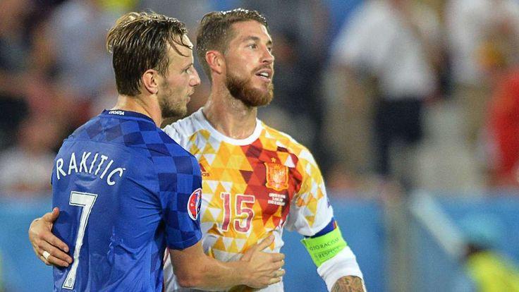 München - Der letzte Spieltag in den Gruppe C und D steht heute bei der EM 2016 an. Jetzt kämpfen Kroatien, Tschechien und die Türkei um das Achtelfinale. Der Live-Ticker.