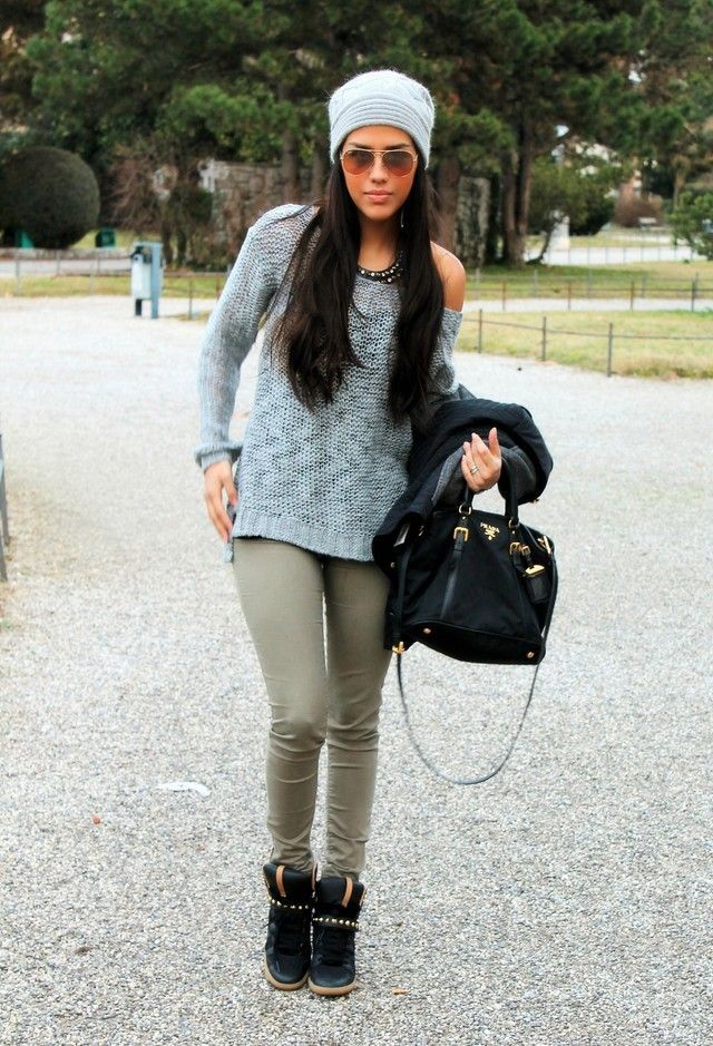 Shop this look for $153:  http://lookastic.com/women/looks/high-top-sneakers-and-skinny-pants-and-crew-neck-sweater-and-beanie-and-tote-bag-and-necklace/2784  — Black Suede High Top Sneakers  — Olive Skinny Pants  — Light Blue Crew-neck Sweater  — Grey Beanie  — Black Suede Tote Bag  — Black Statement Necklace
