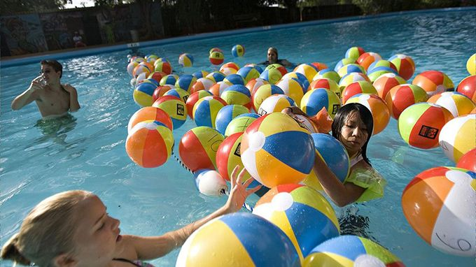 17 best ideas about beach ball games on pinterest field day games relay games and relay races for Games to play in swimming pool