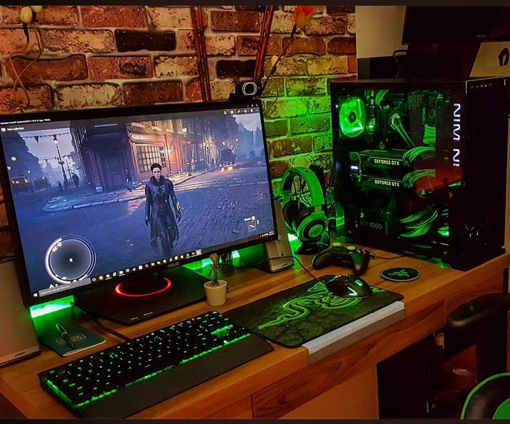 This setup is amazing. Apart from me being in love with @inwinusa's cases (especially the 603 whoever thought of the infinity mirror in the front is a genius and deserves a medal) the cable management is absolutely perfect it's clean coordinated and really apeals to me. Not to mention its an absolute beast as well I 100% would take this over any setup I've posted before! Thank you so much @donlasha for letting me post it! :D - - Desktop:  CASE: In Win 805  CPU: Intel Core i7 4790K oc…