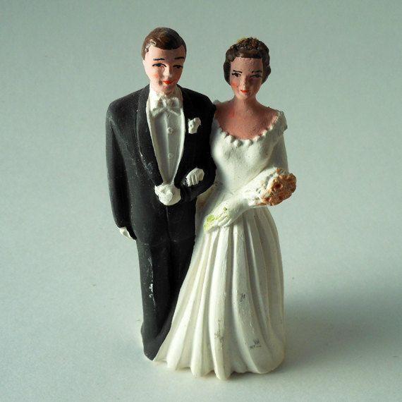 Small Pfeil & Holding, Inc. Caucasian Brunette Bride and Groom in Black Tuxedo Chalkware Vintage Cake Topper