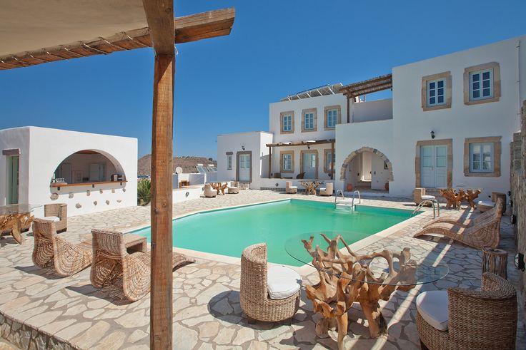 The Acqua yard and swimmingpool. #patmos #boutique #hotel