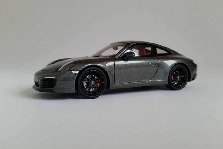 Porsche 991.2 Carrera S (2016) - 1:43 Scale Model Car
