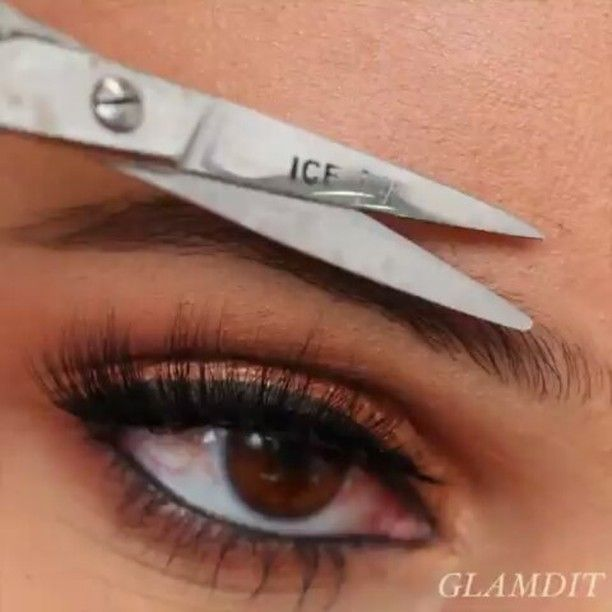 @Regrann from @glamdit -  Play �� bold brows using @anastasiabeverlyhills brow products ❤️ -------------------------------------- 1. Trim front hair if necessary  2. Using the spoolie end of brush no.12 comb brow hair in the natural direction  3. Using @anastasiabeverlyhills dip brow pomade in dark brown with ABH no. 12 brow brush pick up little product and first outline then fill in with hair like strokes - i like to start at the tail as i want that the darkest and the front the lightest…