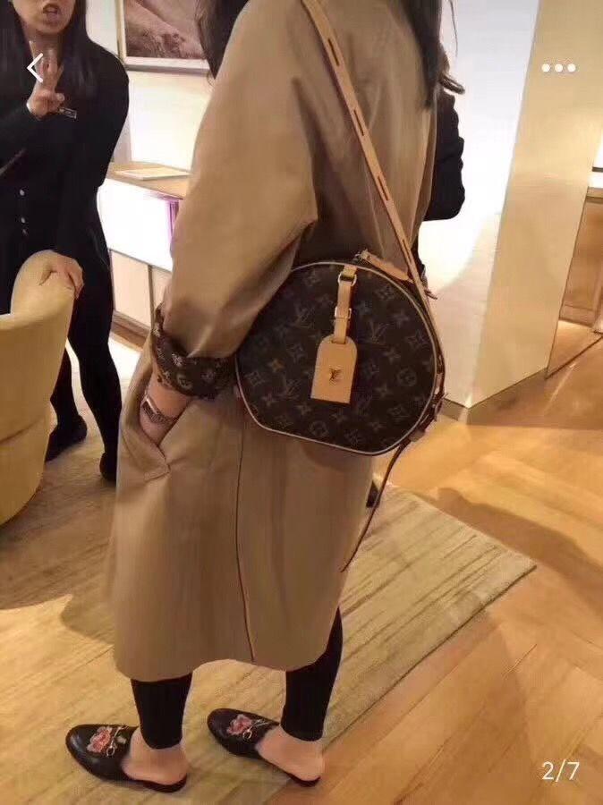 53afac8b4457 Louis Vuitton lv boite chapeau souple woman bag round box case monogram