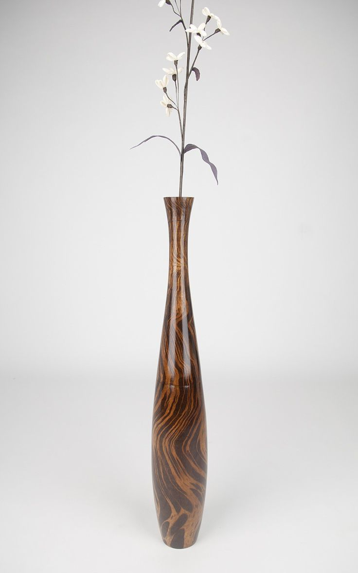Modern and contemporary home accessories and exclusive floor vases