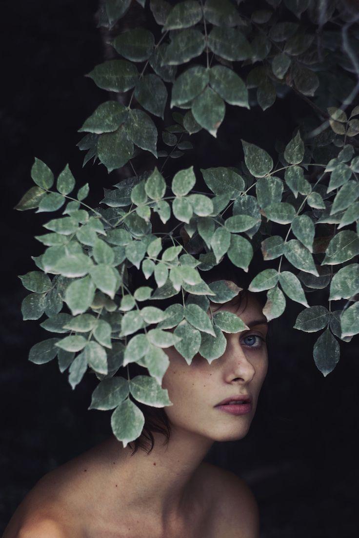 Powerful Self-Portraits by Isabella Bubola – Fubiz Media